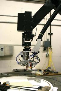 عملیات جوشکاری و بازدید جوش توسط روبات