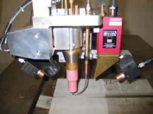 موقعیت نقطه اثر روبات جوشکار برای انجام عملیات جوشکاری